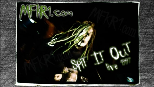"Slipknot: ""Spit It Out"" en vivo en 1997 - Taringa!"